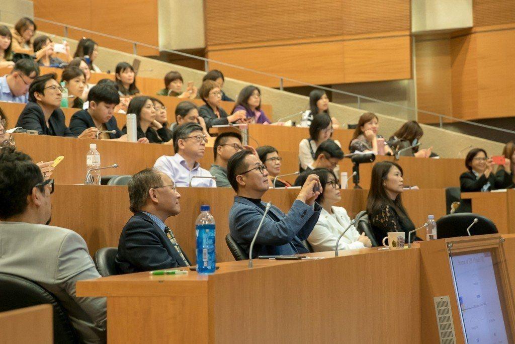 活動現場聽眾反應熱烈。 攝影/賴佐誌