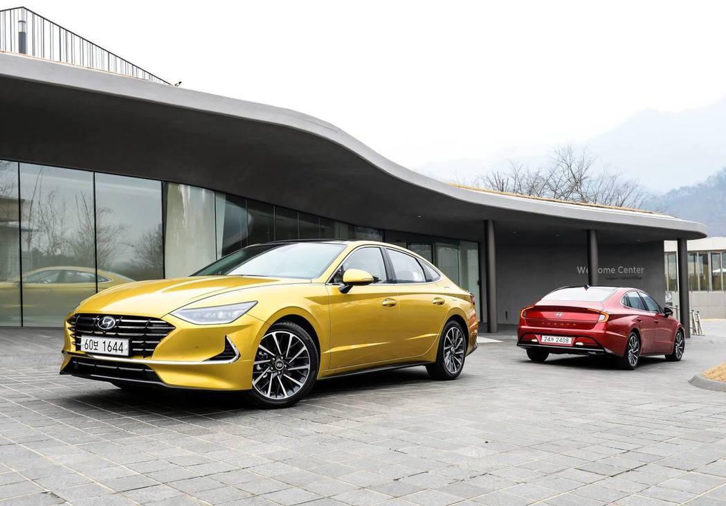 第八代Hyundai Sonata目前已於韓國上市,但國內因為中大型房車市場的衰...