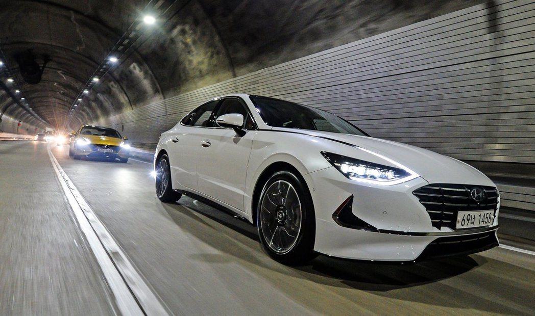 第八代Hyundai Sonata在未來還會有1.6升渦輪動力與Hybrid油電...