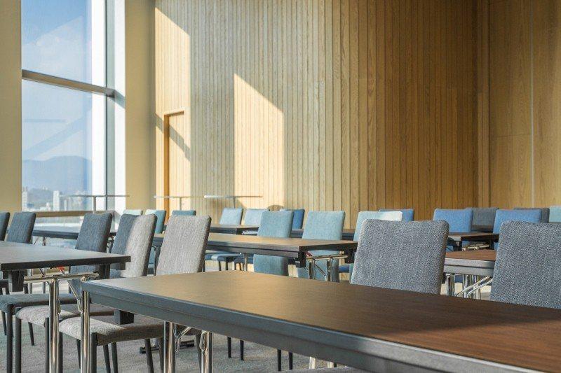 南港老爺行旅設有一間大會議室,附設戶外空中小花園,迎接獎勵旅遊、會議旅遊商機。 ...