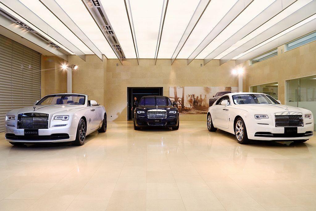 作為全球頂級品牌,勞斯萊斯汽車始終致力於為客戶打造「世界上最好的汽車」。 記者張...