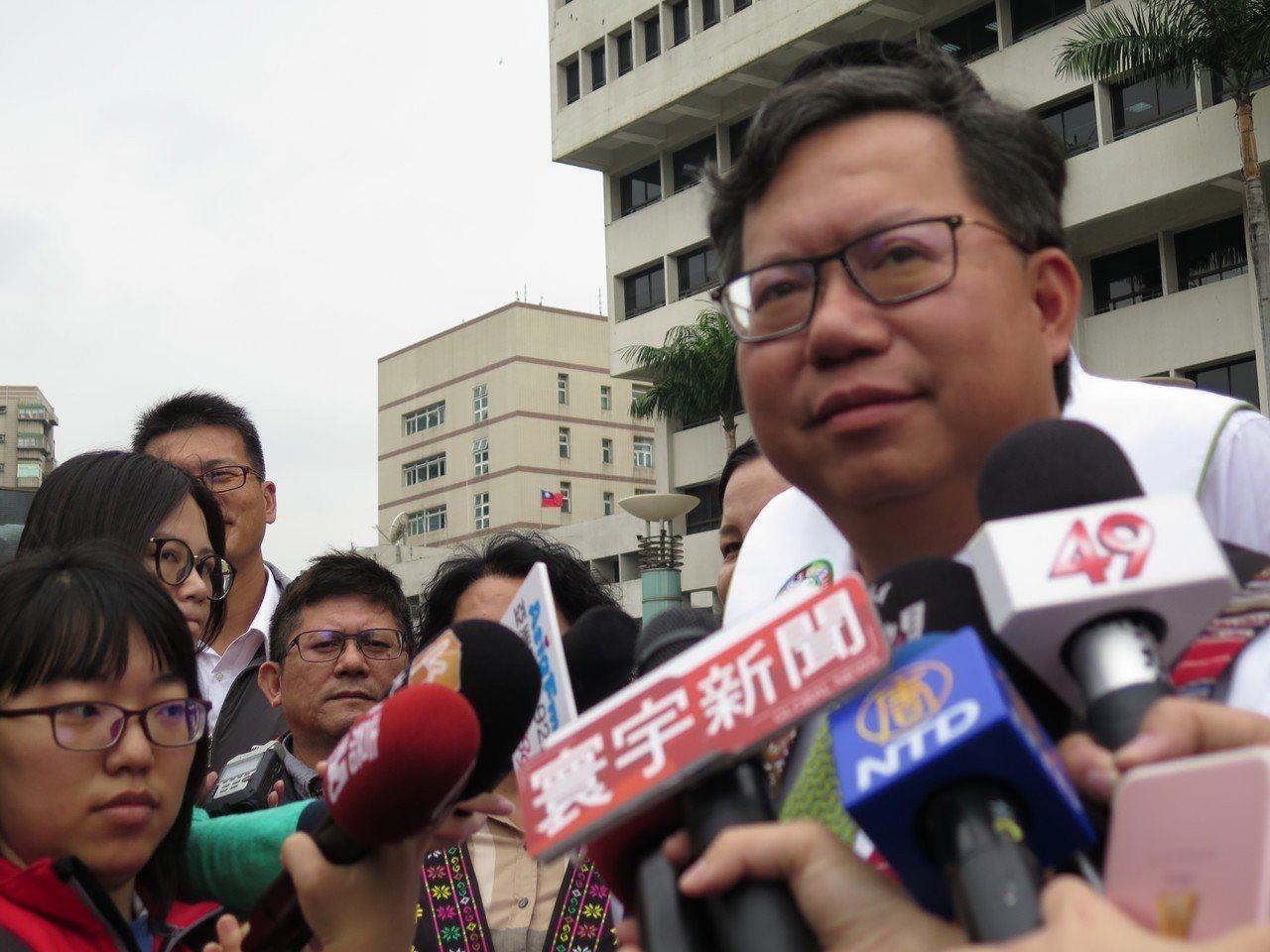 桃園市長鄭文燦說爭取好人才是為團隊加分,不必過多政治聯想。記者張裕珍/攝影