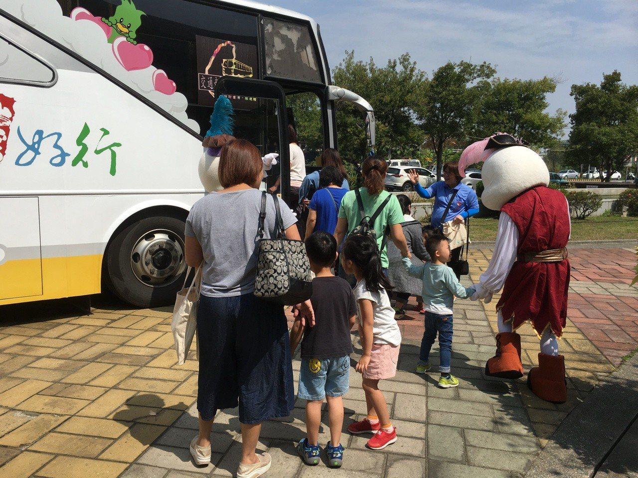 雲林台灣好行升級 兒童節連假搭車有優惠