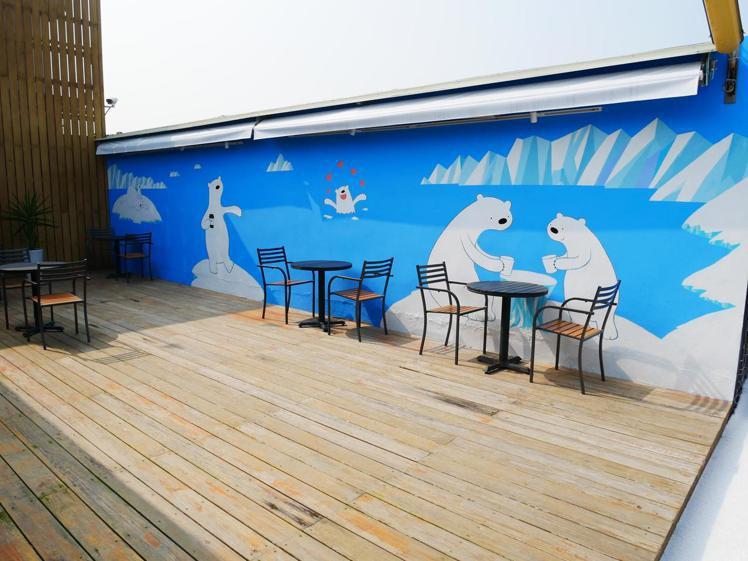 Polar Cafe西門旗艦店場地寬敞,打卡好拍。圖/Polar Cafe提供