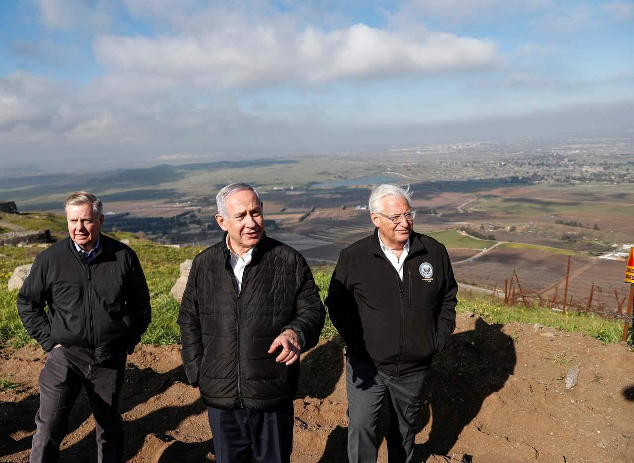 美國聯邦參議員葛理漢(左起)、以色列總理內唐亞胡、美國駐以大使佛里曼21日到訪以...
