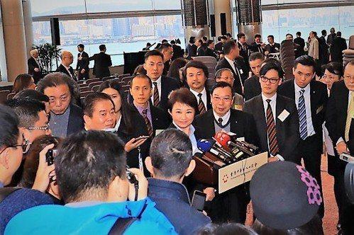 台中市長盧秀燕一日往返香港拚經濟,不僅行銷了台中優良的農產品,也邀請世界各地到台...