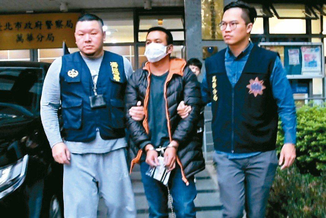 被國際刑警組織視為泰國金三角販毒集團核心成員的SREENACK(中),涉嫌來台監...