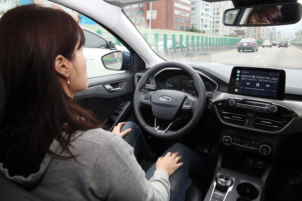 福特汽車FOCUS,自動駕車。 記者曾吉松/攝影