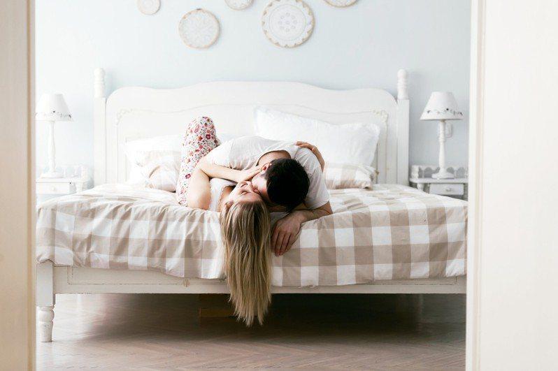 嘿咻完秒睡,他是否不愛我了?專家:其實代表幸福