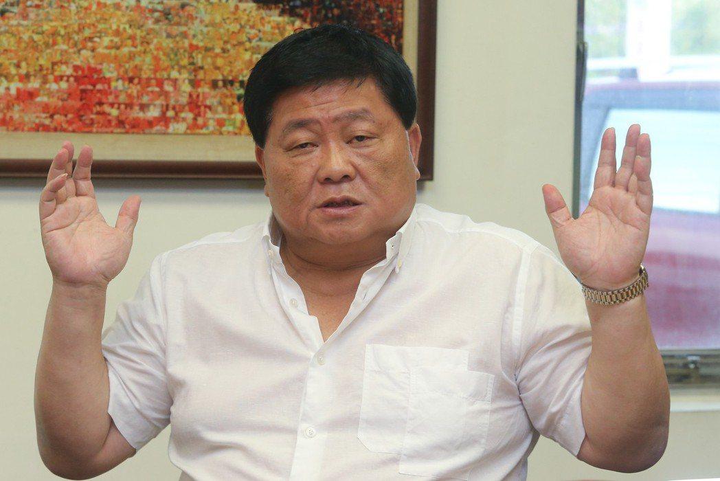 國民黨前立委顏清標對吃很有研究,親自研發冷凍水餃。圖/聯合報系資料照片