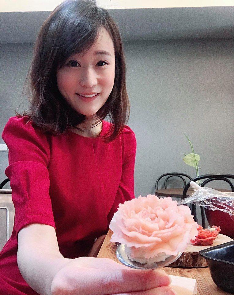 李宛儒受邀採訪到澳門採訪「亞洲五十最佳餐廳」頒獎典禮。圖/摘自臉書