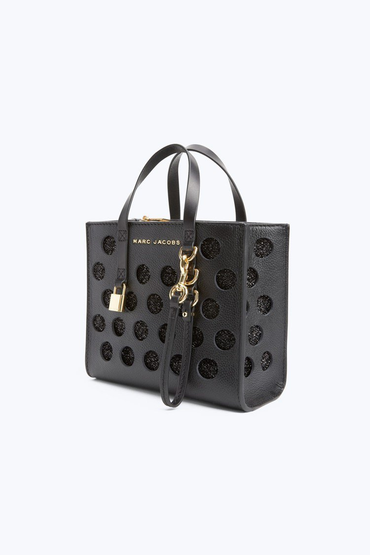 鏤空圓點襯黑色PVC迷你Grind方塊包,19,900元。圖/Marc Jaco...