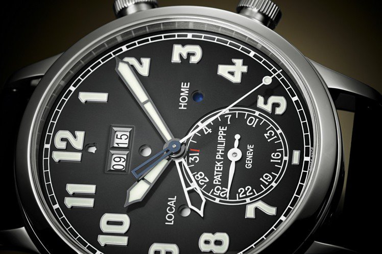 百達翡麗編號5520P-001兩地時間響鬧腕表,42.2毫米鉑金表殼、AL 30...