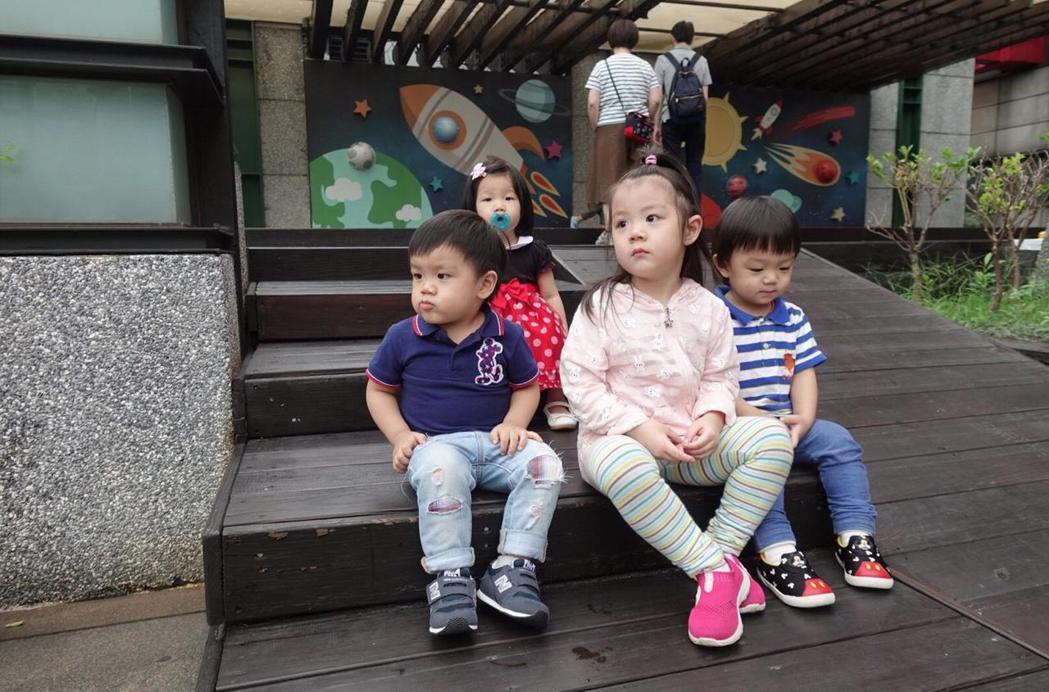 搶救低生育率,台北市政府衛生局昨宣布放寬「婚後孕前健康檢查」生育補助服務。 記者...
