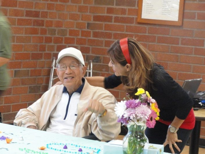 華裔曾亨利直到今年2月27日去世前一天,仍持續不斷的天天運動。享年111歲又23...