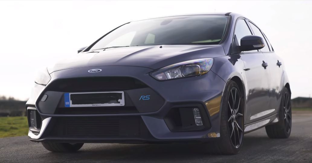 Ford Focus RS。 擷自Carwow影片