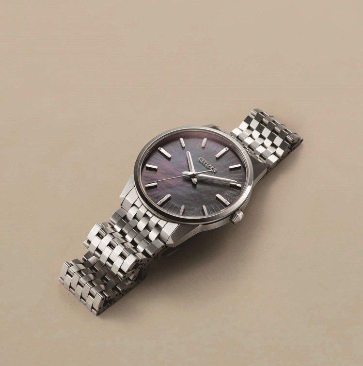 星辰Caliber 0100系列腕表,鈦金屬表殼、表鍊,搭配珍珠母貝表盤,全球限...