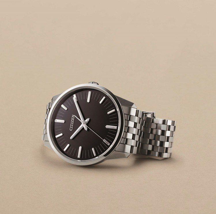 星辰Caliber 0100系列腕表,鈦金屬表殼、表鍊,全球限量500只,約23...
