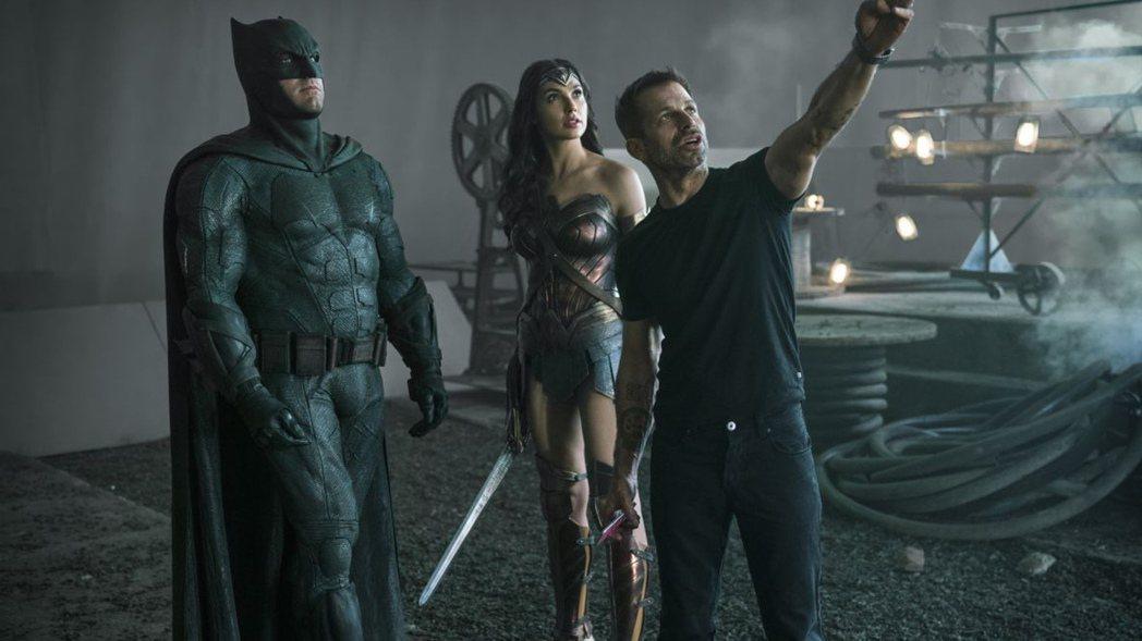 查克史奈德曾執導DC影業電影「蝙蝠俠對超人:正義曙光」以及「正義聯盟」。圖/華納