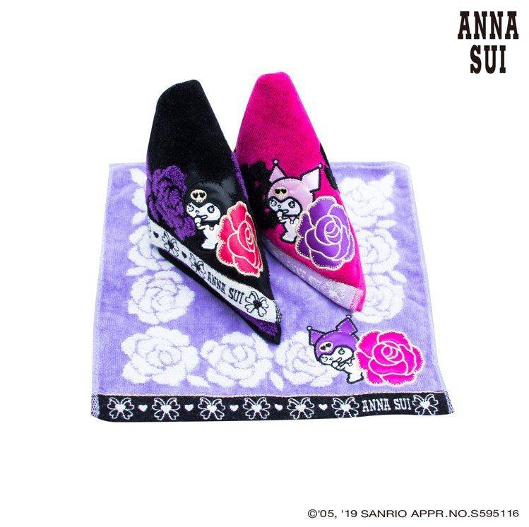 ANNA SUI X Kuromi玫瑰方巾,650元(單件)。圖/滿心提供