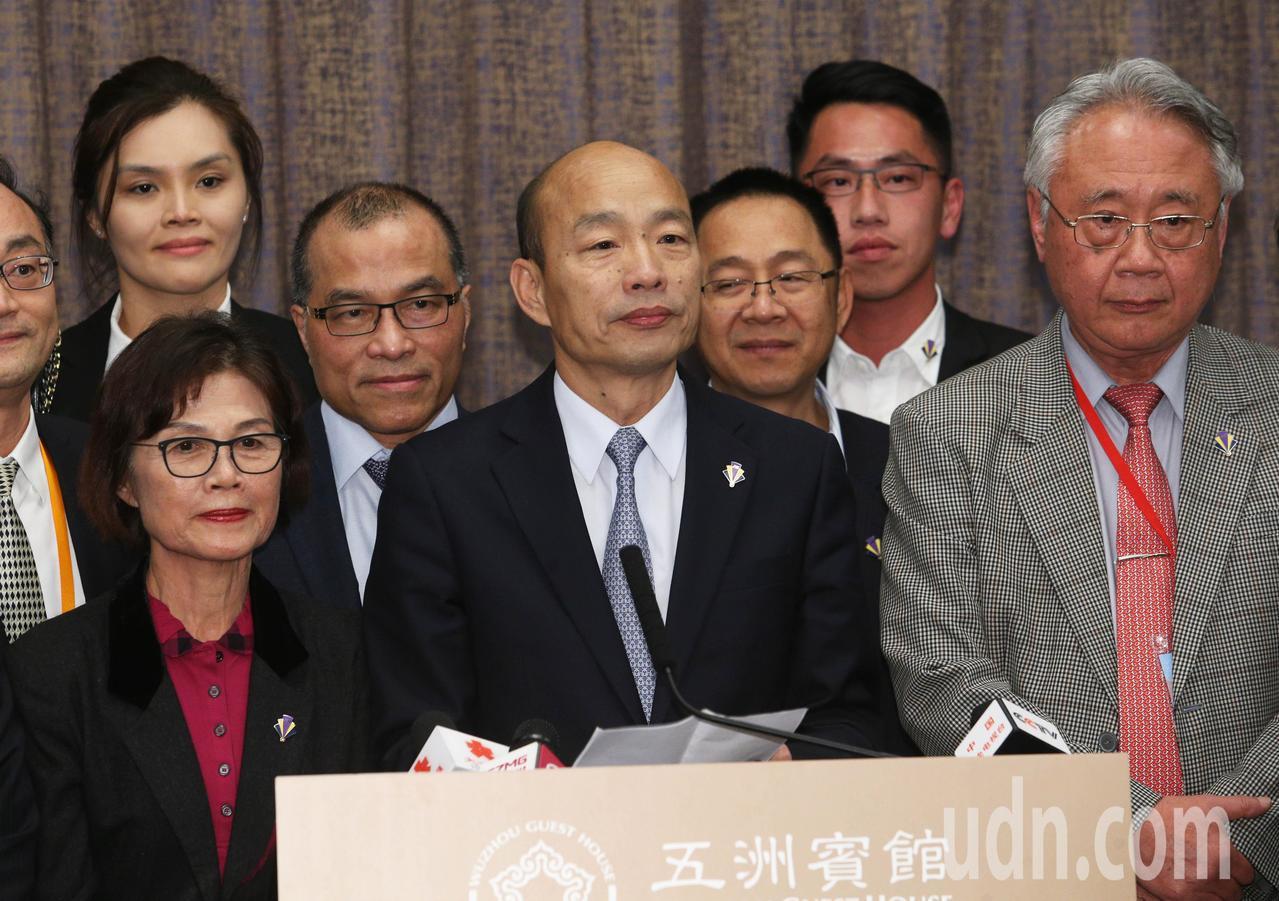 高雄市長韓國瑜表示,批判他的人說他犧牲主權交換訂單,這種言論非常可悲。記者劉學聖...