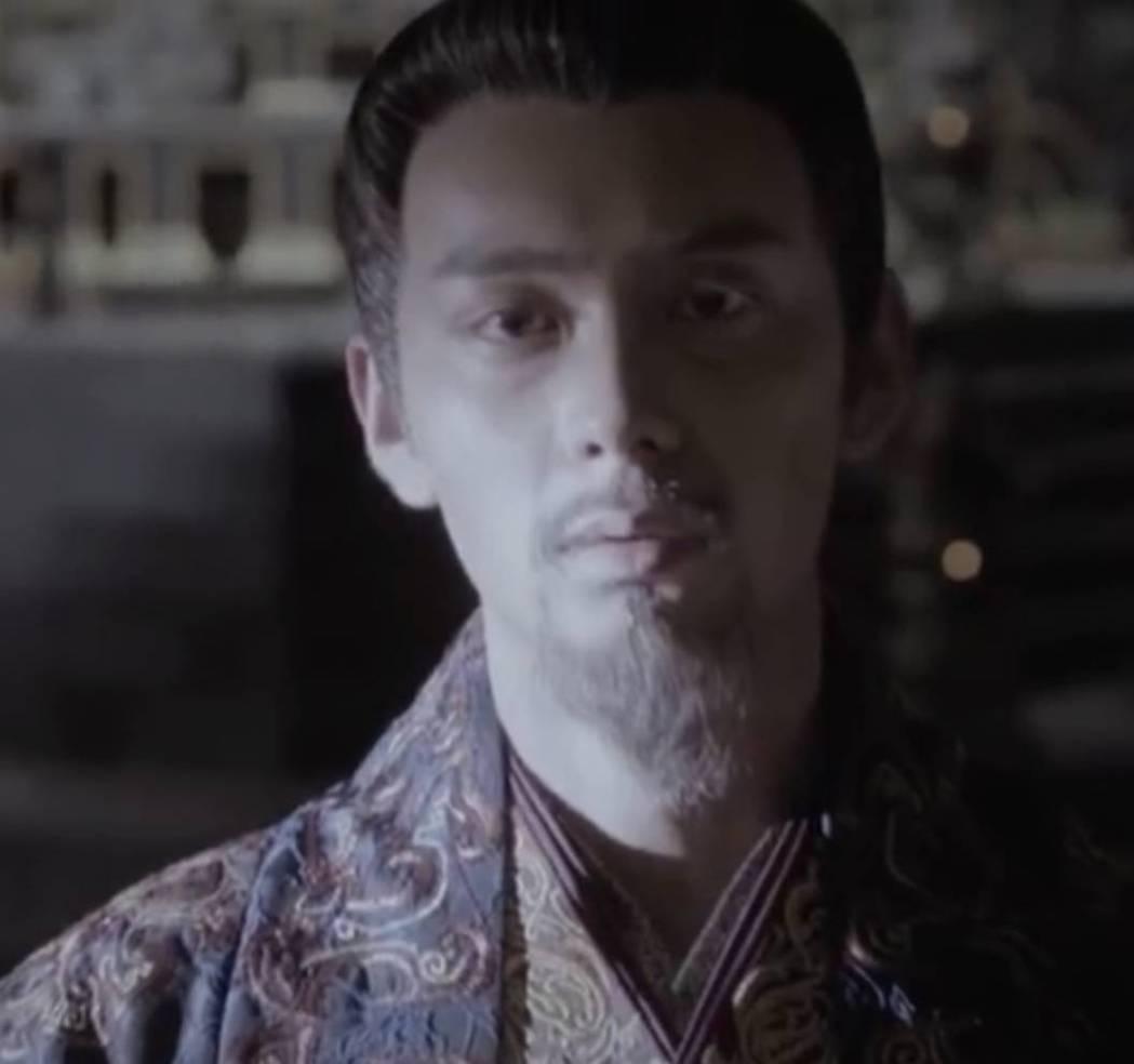 李承鄞劇中成為太上皇。圖/截圖自微博