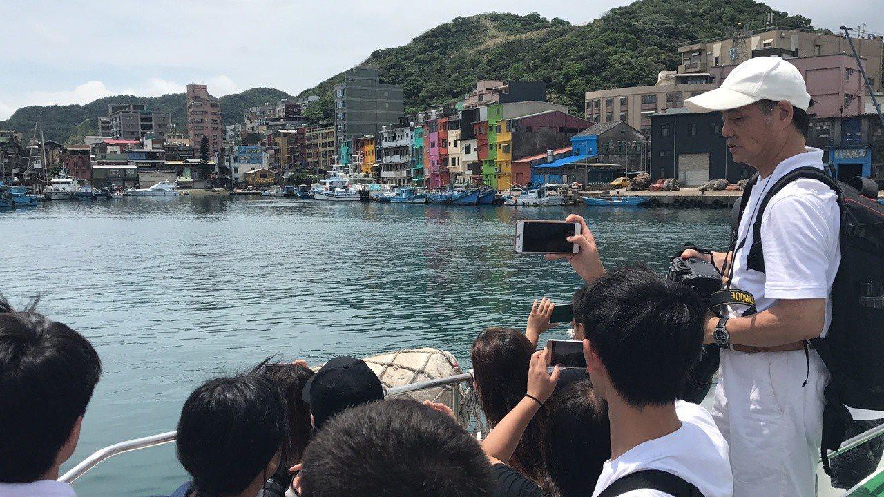 搭船遊基隆港,正濱漁港很受歡迎。記者吳淑君/攝影