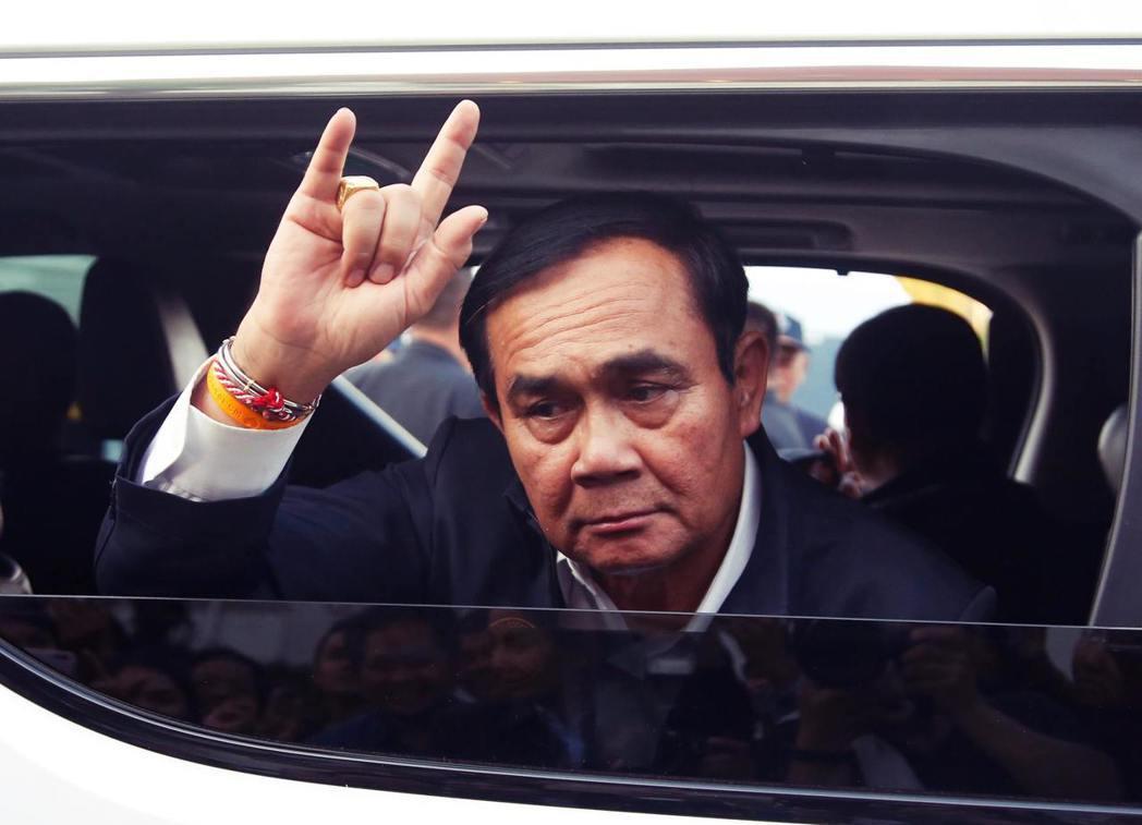 延宕多時的泰國大選,終於畫下句點。但民主投票的結果,卻是選擇了專制的軍政府?圖為...
