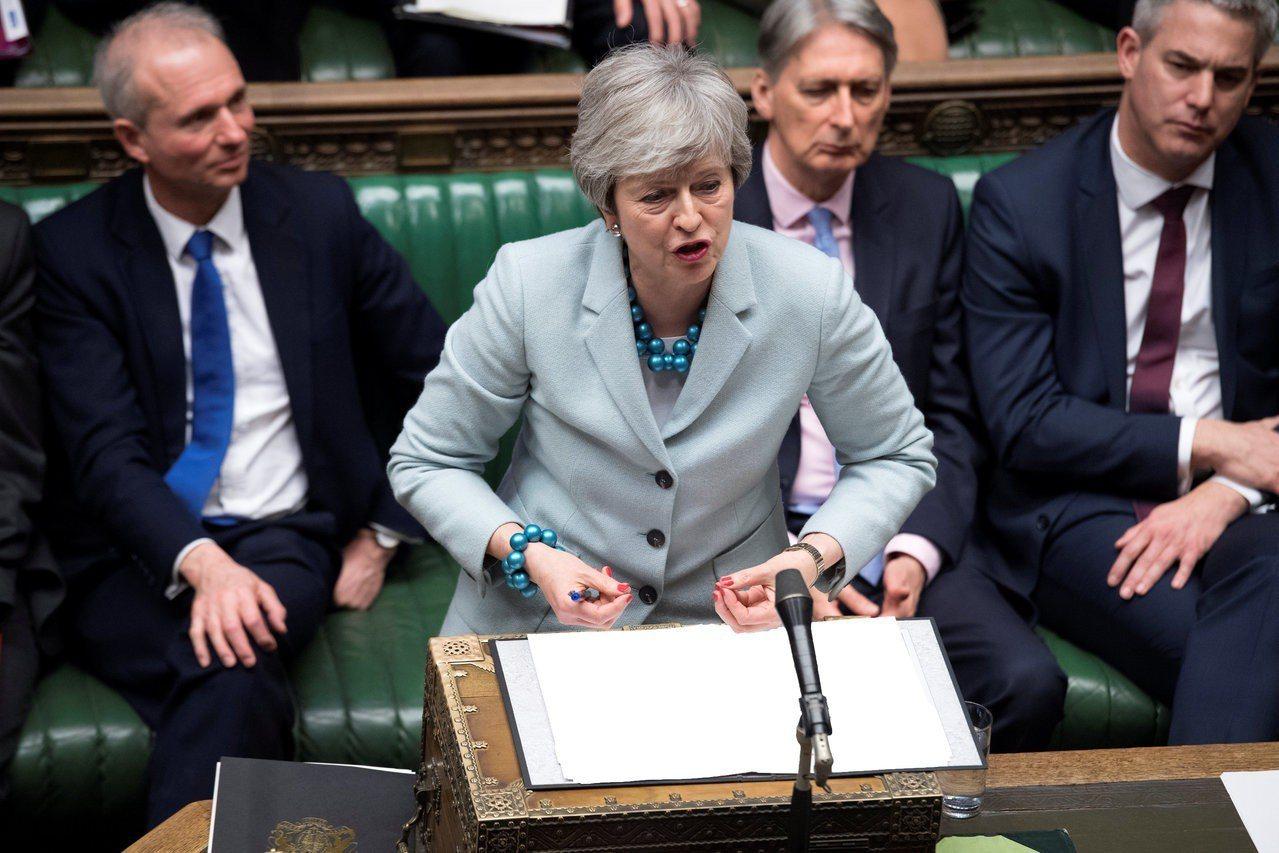 據傳梅伊可能考慮辭職,換取國會對脫歐協議的支持。 路透