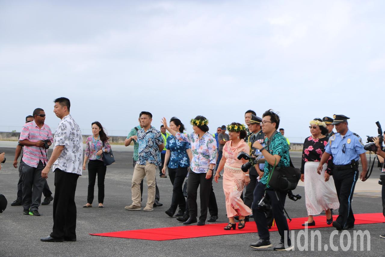 蔡英文總統26日上午抵達友邦馬紹爾。記者周佑政/攝影