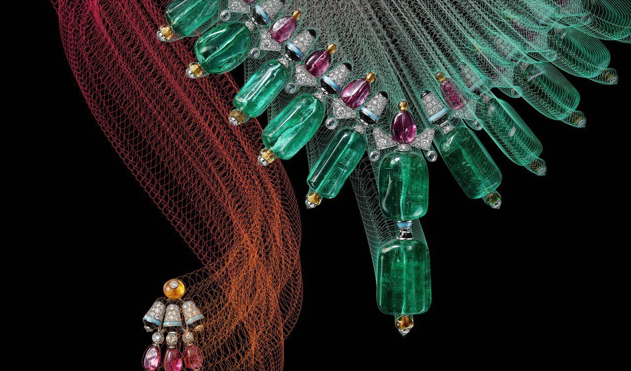 CHROMAPHONIA項鍊與耳環,其設計靈感來自於匈牙利女性的民俗服裝。圖/卡...