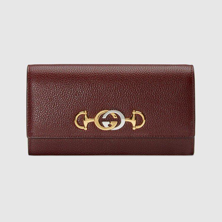 Gucci Zumi紅色長夾,27,100元。圖/Gucci提供