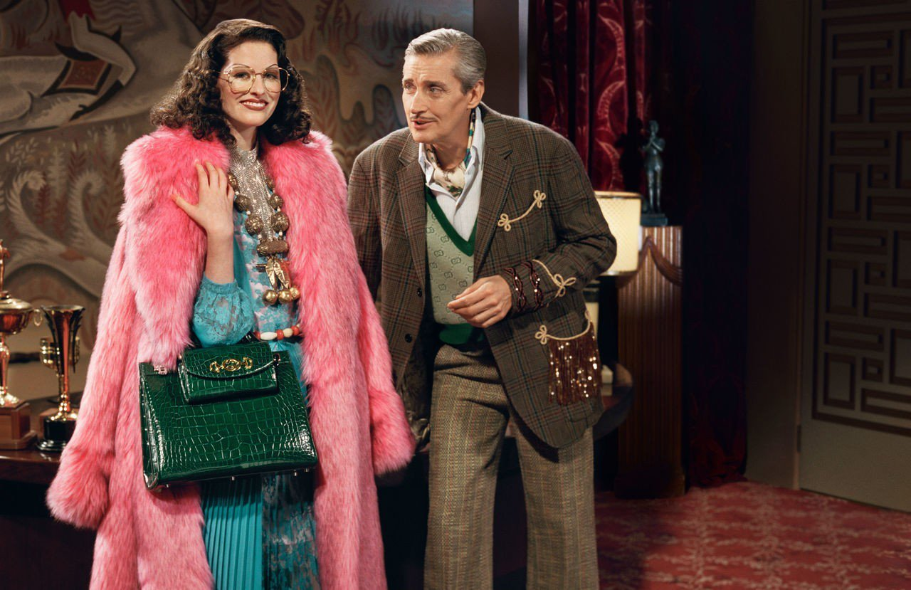 Gucci今年春夏又有新力作,一款名為Gucci Zumi的提包誕生。配有經典雙...