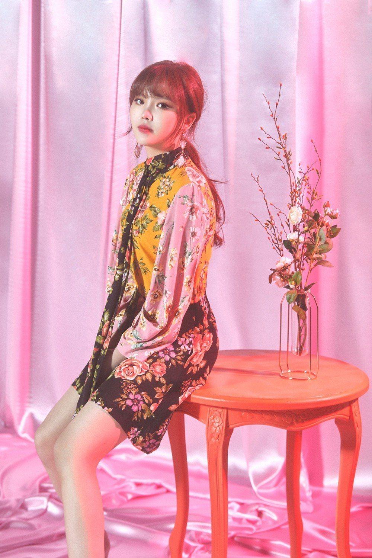 王欣晨發行首張個人EP「UTOPIA夢托邦」。圖/歆動音樂提供