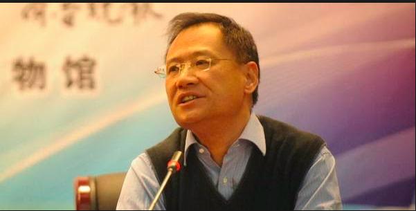 曾發萬言書批習,許章潤遭北京清大撤職。(新世紀網)