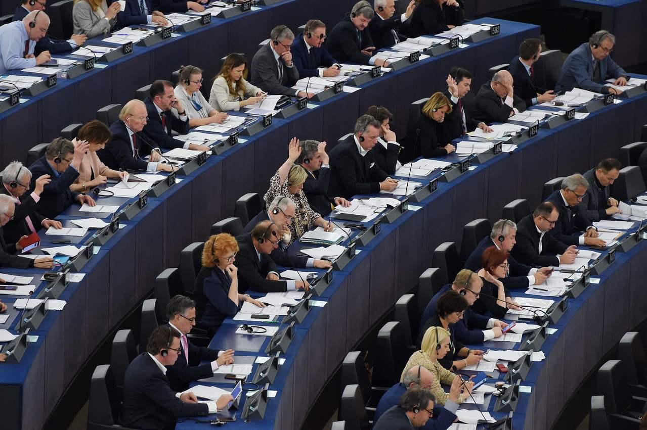 歐洲議會26日表決通過,廢除夏令時間,2021年起成員國可自行決定實施夏令或冬令...