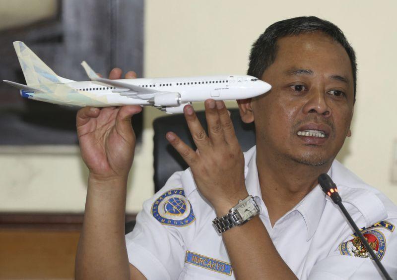 印尼初步調查結果顯示,失事獅航客機的自動系統失靈,導致機鼻向下最終墜海。 (美聯...