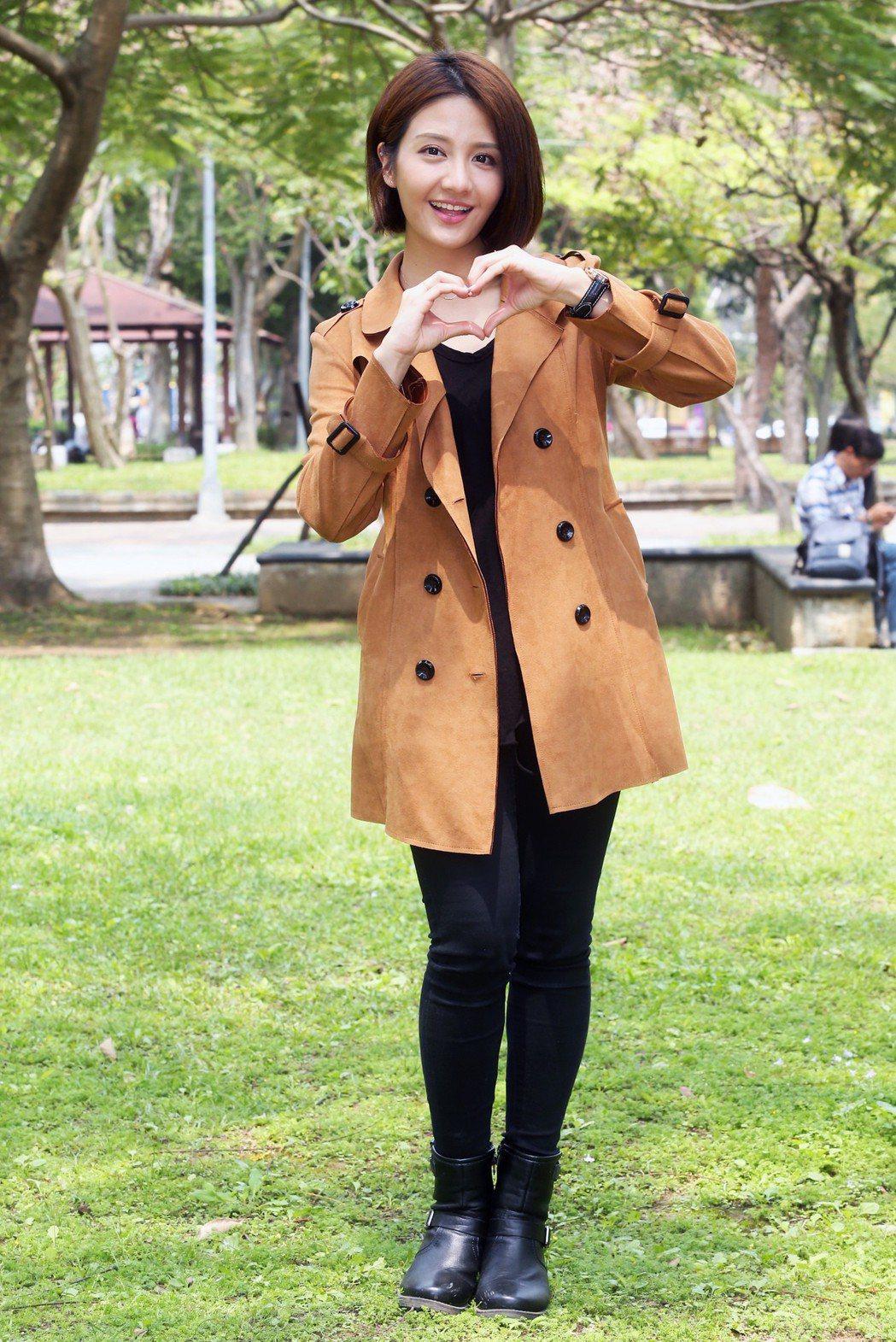 宥勝客串TVBS「女力報到」,李宣榕和宥勝在公園對戲。記者徐兆玄/攝影