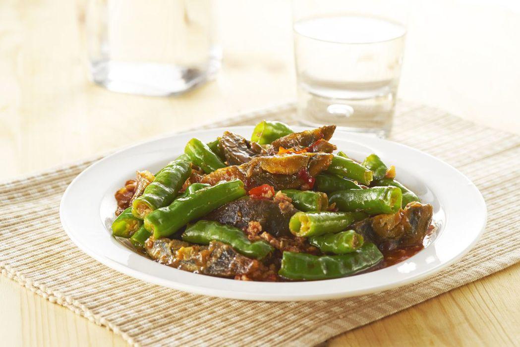「青龍皮皮挫」是欣葉小聚今品的招牌菜之一。圖/欣葉提供
