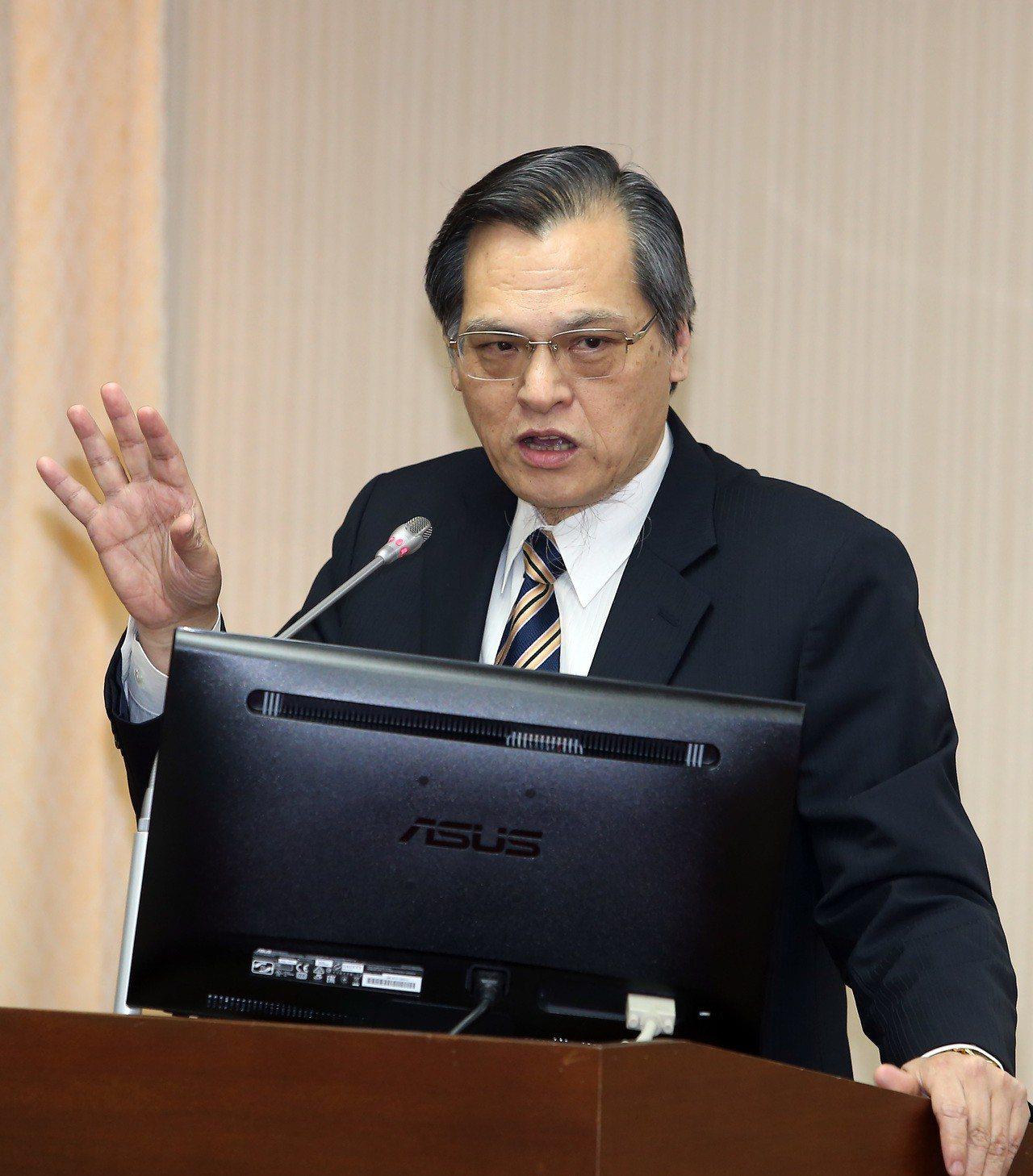 陸委會主委陳明通上午到立法院內政委員會備詢。 記者曾吉松/攝影