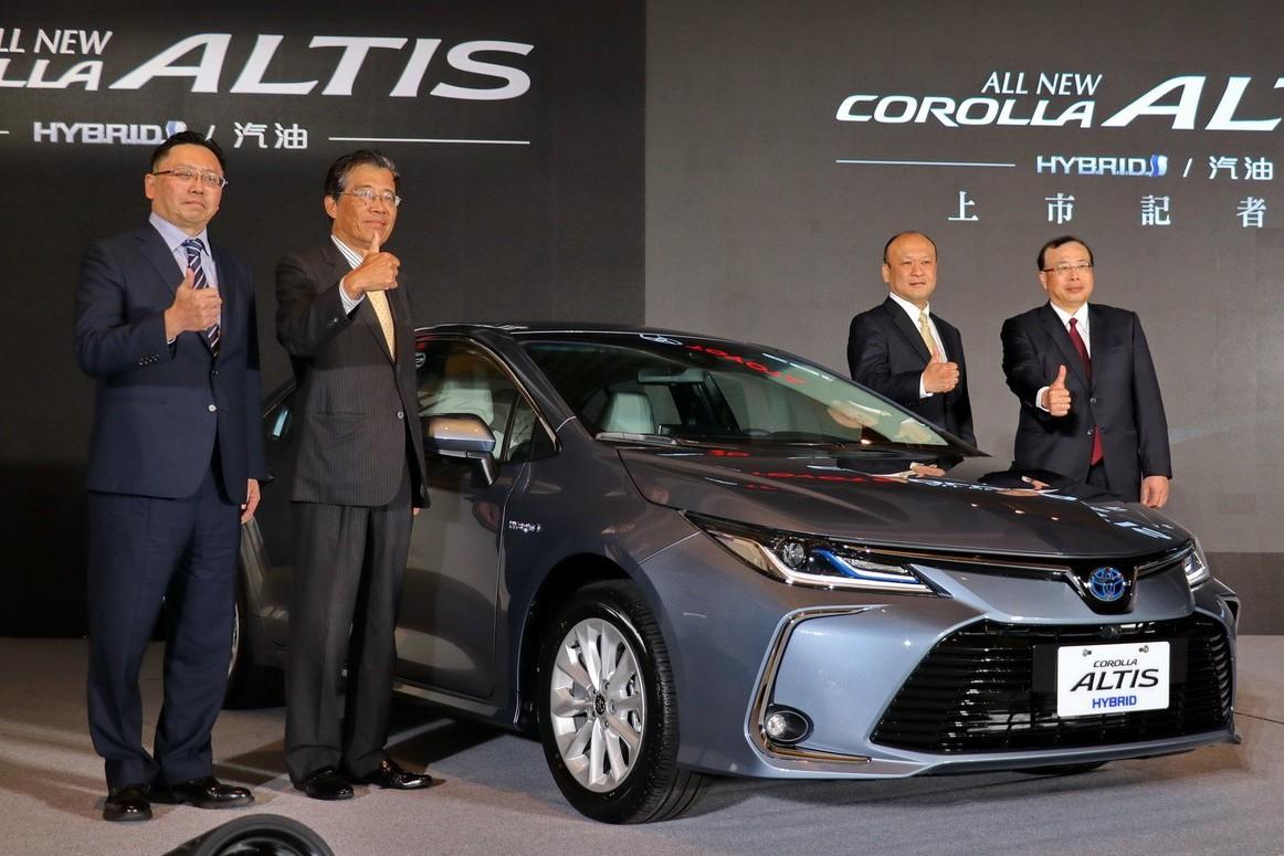神車就是霸氣! TOYOTA Corolla Altis雙動力售價69.8萬起