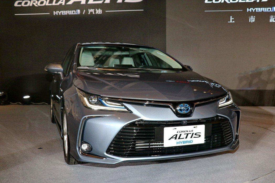 Corolla Altis這次大改款在外型上承襲歐規Corolla的設計。 記者...
