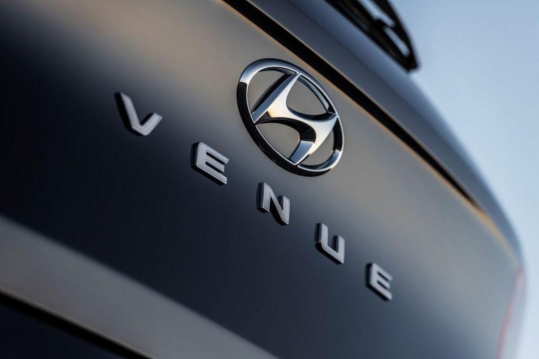 Hyundai全新入門休旅Venue,將於四月中的紐約車展上發表。 摘自Hyun...