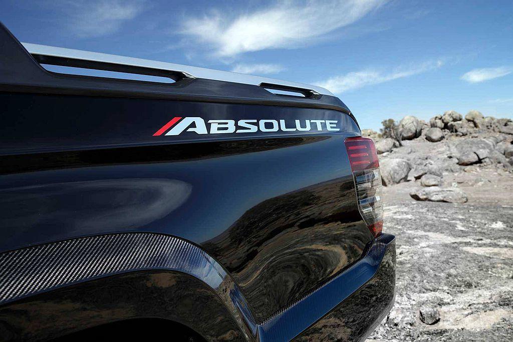 三菱Triton Absolute概念車有著令人印象深刻的外觀套件。 圖/Mit...
