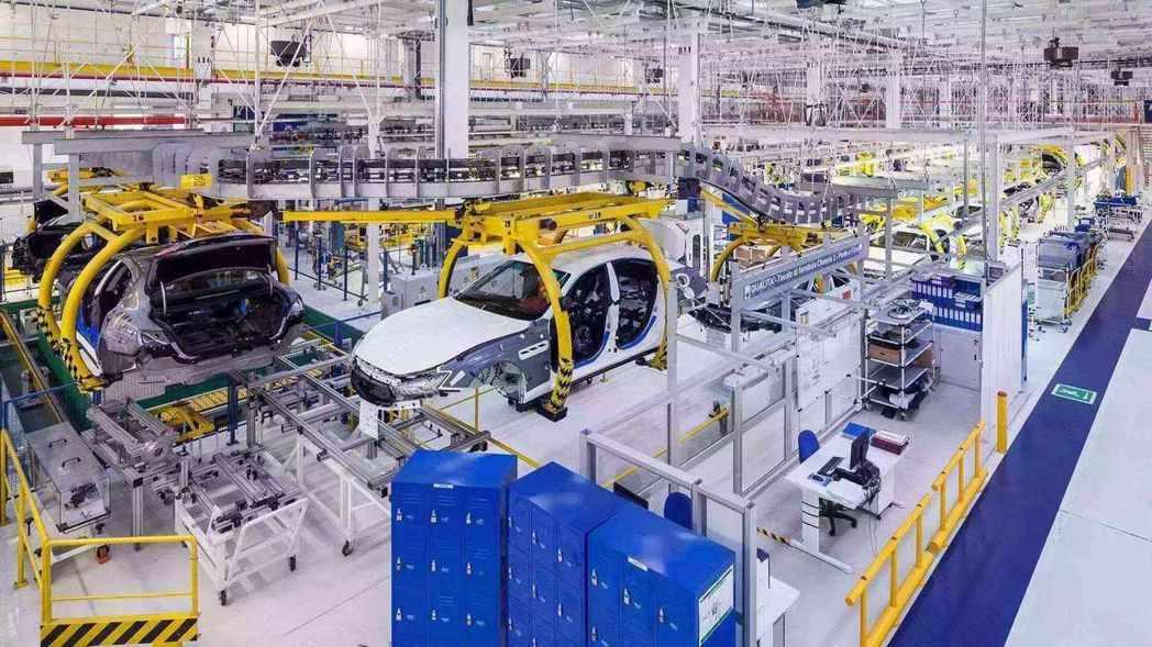 大陸全國規模以上工業企業今年前兩個月的利潤總額較去年同期大減14.0%,為近十年...