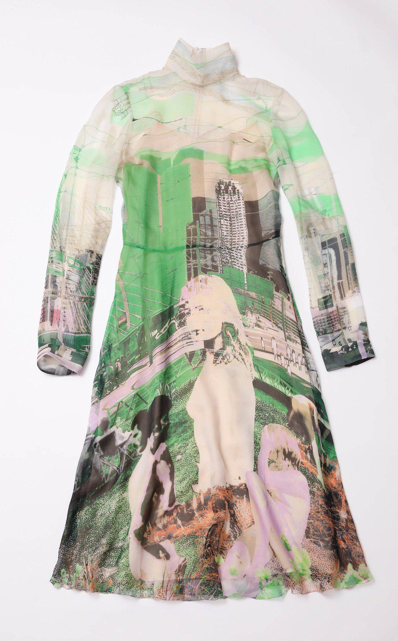 台灣獨家、台中大遠百獨家城市剪影系列雪紡洋裝,82,000元。圖/PRADA提供
