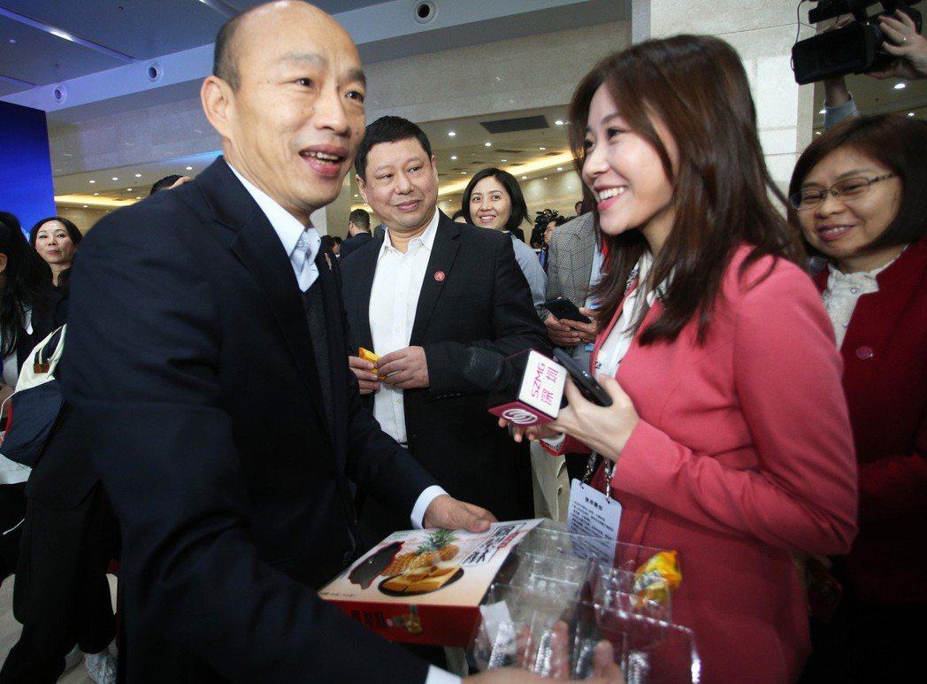 高雄市長韓國瑜與深圳海吉星農產再簽10億農產品外銷。 圖/聯合報系資料照片