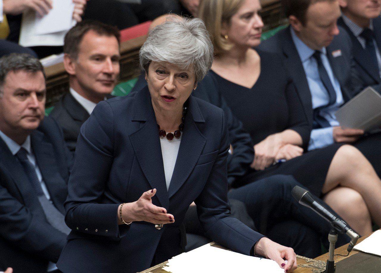 英國首相梅伊表示脫歐協議若獲通過,她將會下台。 美聯社