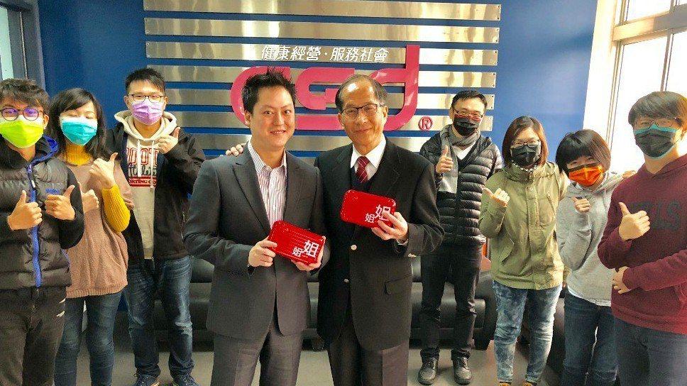 總經理張豐聯(右)、總經理特助張德成(左)。 記者宋健生/攝影