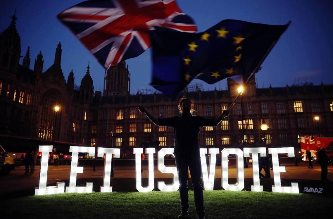 「讓我們投票吧!」 圖/法新社